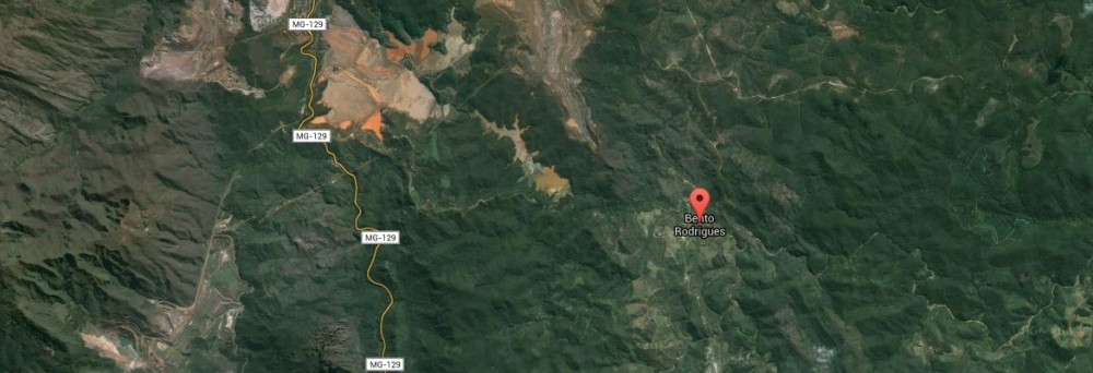 A pair of tailings dams at the Samarco mine breached last week and caused a major mudslide in the Bento Rodrigues community below. Photo: Google